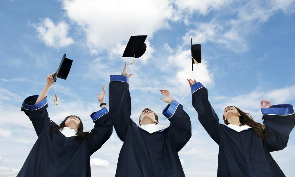 Undergraduate là gì? Các từ liên quan mật thiết đến Undergraduate